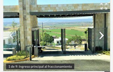 VENTA de Terreno en Privada Santa Fe en Villas de Irapuato