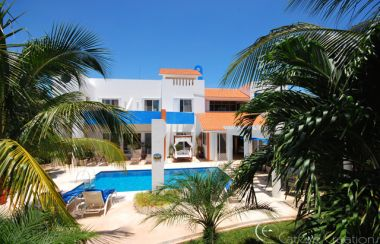 Beach House for sale in Playa Paraíso (Paradise Beach), Playa del Carmen